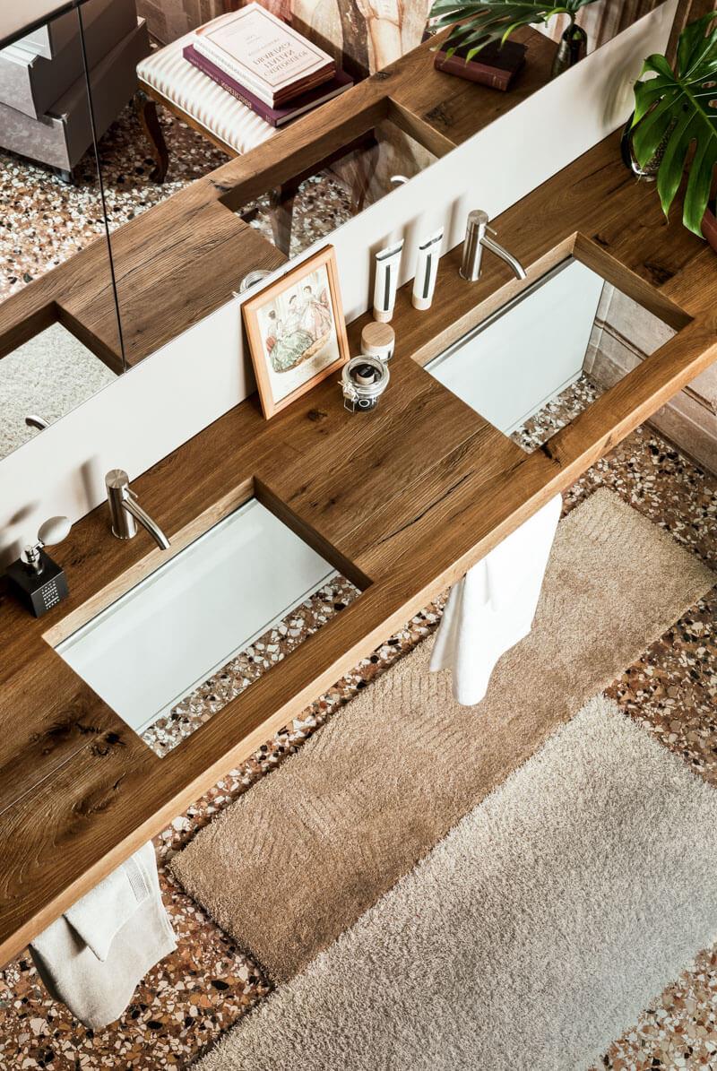 bagno lavandino trasparente