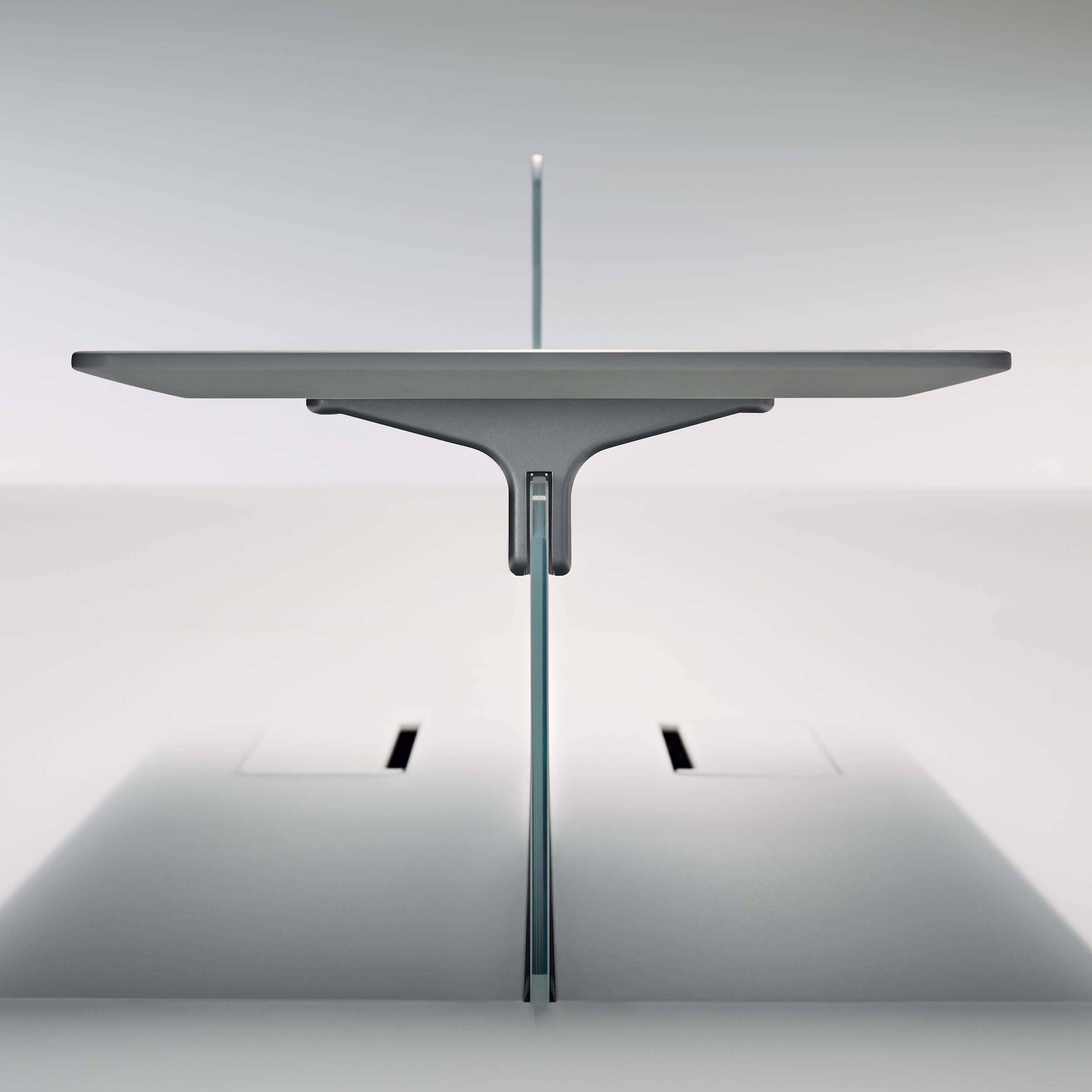 tavolo attrezzato uffici