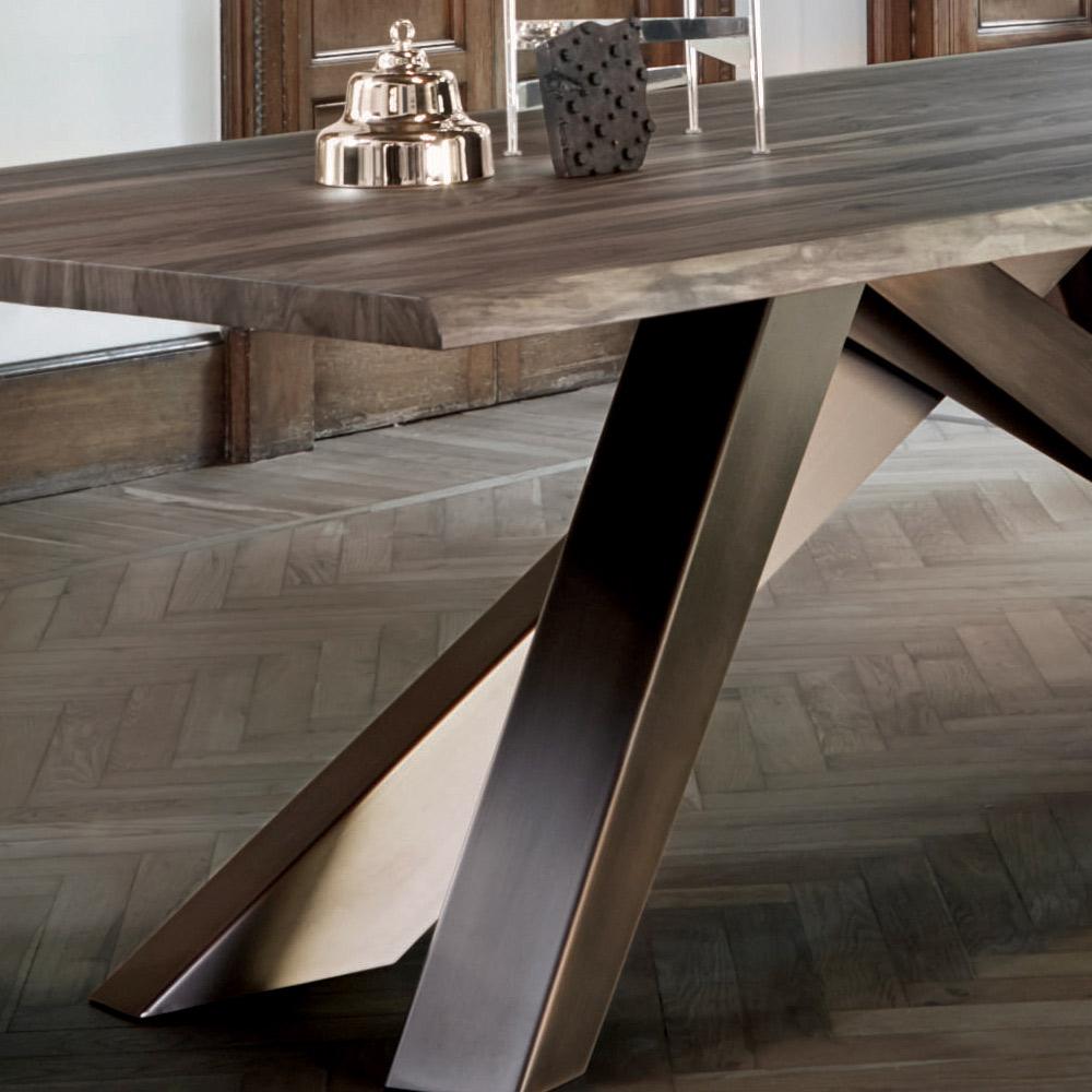 tavolo in legno per soggiorno